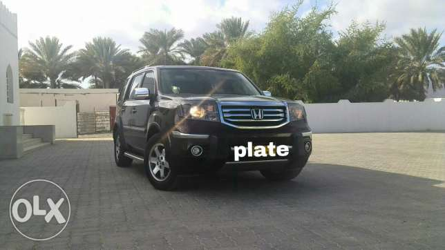 HONDA PILOT 2013 For urgent sale نزوى -  2