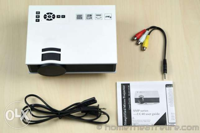 Home Video Projector -UC40