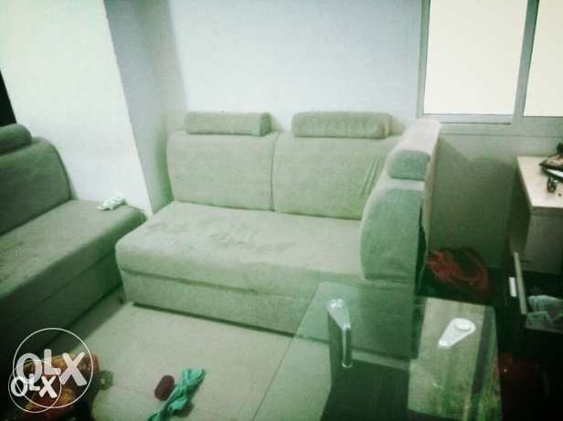 Sofa set good condition with 5 seater
