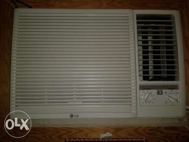 Window AC Unit 1.5 Ton