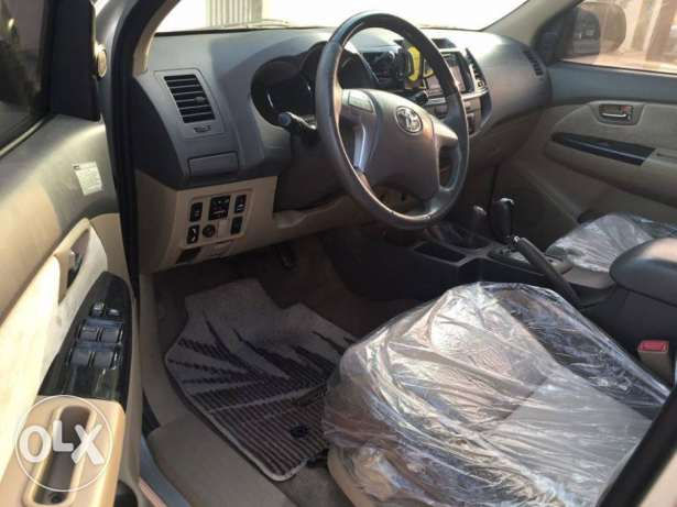 Toyota Fortuner 2013 (4.0) GCC Car (Exclusive Edition) مسقط -  3