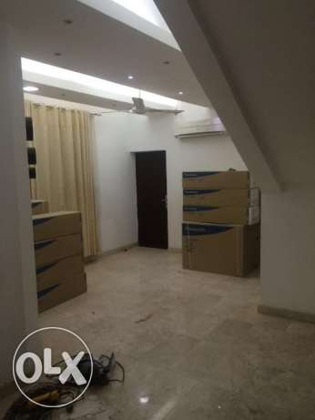 new villa for rent in almawaleh south مسقط -  6