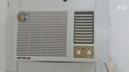 Window ac for sale new. Only 9 month old