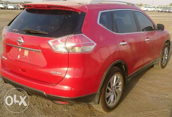 2015 Nissan X-Trial 2.5 SL Red بركاء -  4