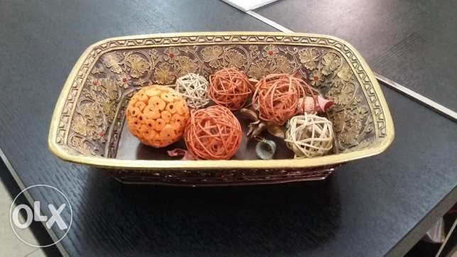 painted and carved bowl fron centrepoint مسقط -  1