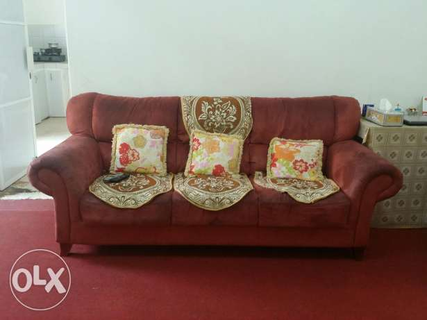 Sofa for sale in good condition. From home centre. روي -  2
