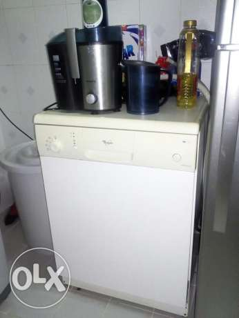Dishwasher for sell مسقط -  2