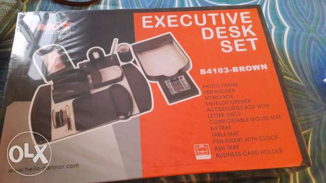 Executive Gift Set .Excellent deal as new one is avove 70 .Brand new الغبرة الشمالية -  3