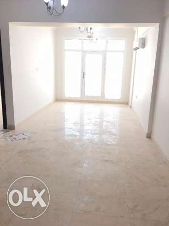 sea view 2 bhk appartment in al heil 300 rial