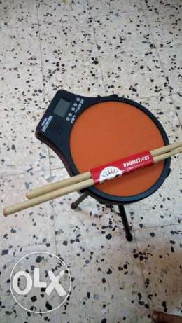 Digital practice drum with stand & sticks - excellent condition