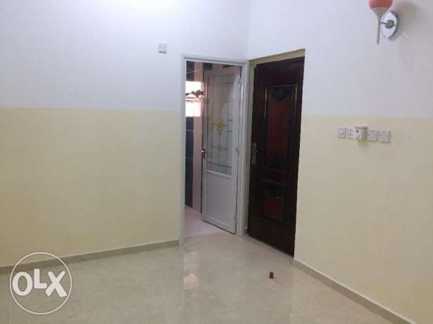 Flat for rent in Al Mabelah south with AC (air conditioner) السيب -  2