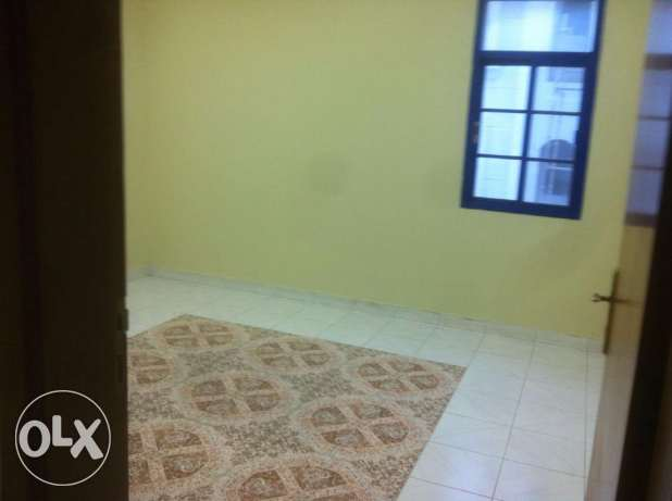 One Bedroom with separate bathroom sha. kitchen Rawasco Al Khuwair. مسقط -  4