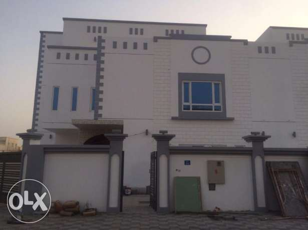 villa for rent in almawaleh south in a good location