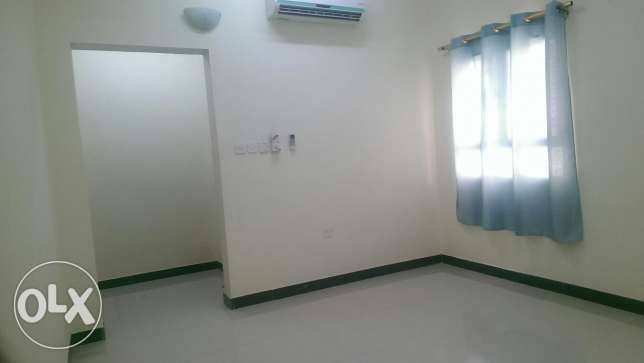 Room available for a family near Muscat city centre, Carrefour,Mawaleh