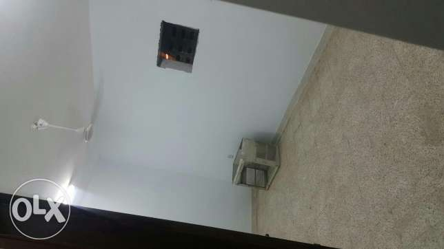 100 rial room for rent with water and electricity ruwi okcenter مسقط -  7