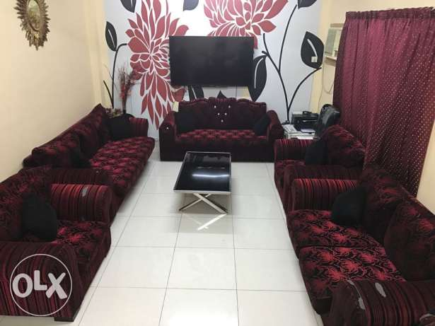 10 seatee sofa