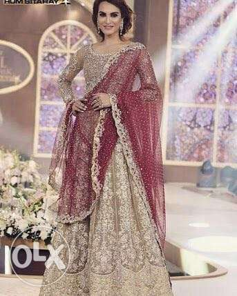 Designer suits with amazing discount offer روي -  2