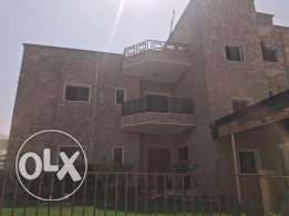 V1-Luxurious Big Beautiful 3 BHK Flat For Rent in Madinat Qaboos