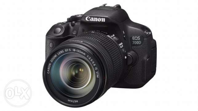 Canon 700 D EOS Two lens
