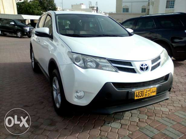 2013 bahwan agency service .Toyota rav 4 full automatic free accident
