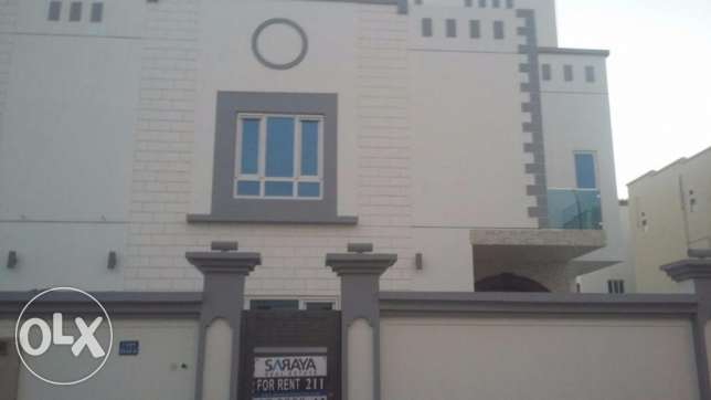 nice villa for rent in almawaleh south in a good location مسقط -  1