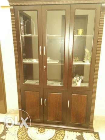Wooden cupboard مسقط -  1