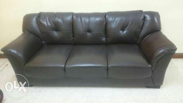 Urgent sale of sofa set with table