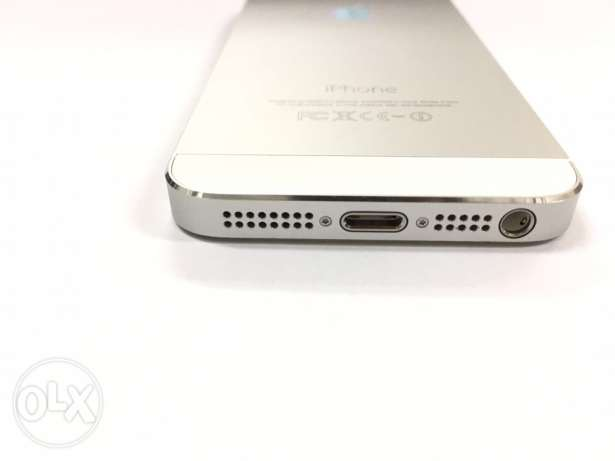 Iphone 5s 64 GB Excellent Very بوشر -  2