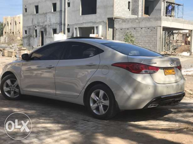 hyundai Elantra number 1 model 2012 for sale with best condition