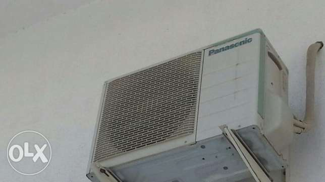 Split ACs 2 nos. Immediate sale مسقط -  3