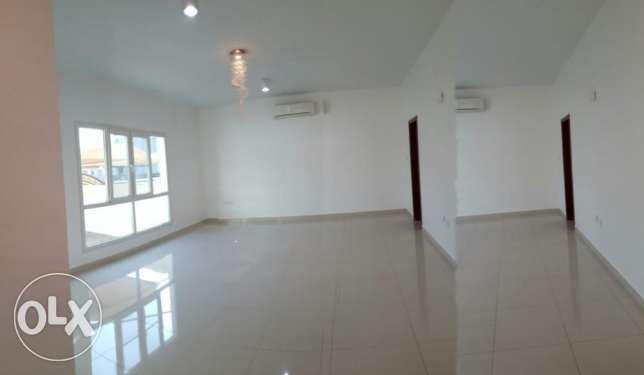 Beautiful Villa For Rent in Azaiba مسقط -  1