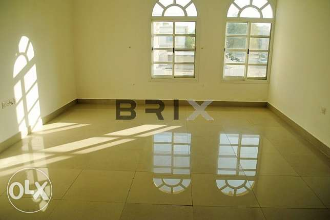 Ghubra North - 2 Bedroom Apartment with Maid's Room For Rent مسقط -  6