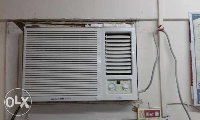 Brand New Voltas A/C 1.5 ton - 4 months used - With Warranty مسقط -  1