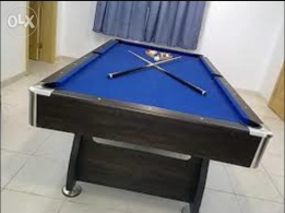 Bliard table 8 feet in good condition
