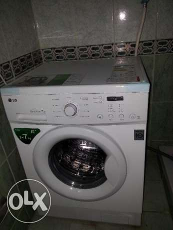 Washing Machine - LG Front load ( with 10 year service warranty)