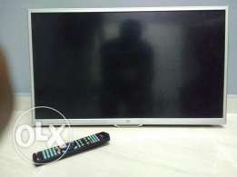 32 inch lcd tv , class from extra store