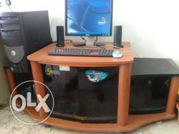 Dell cumputer with tabel best condition