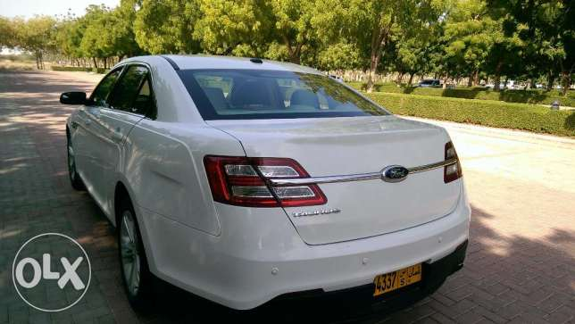 92 RO monthly installment 0 downpayment Ford Taurus 2013 low mileage مسقط -  5
