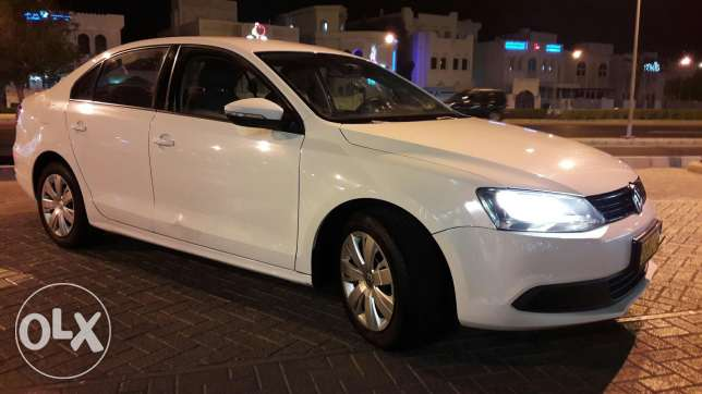 Excellent jetta 2012 . Available instalment monthly 65 مسقط -  3