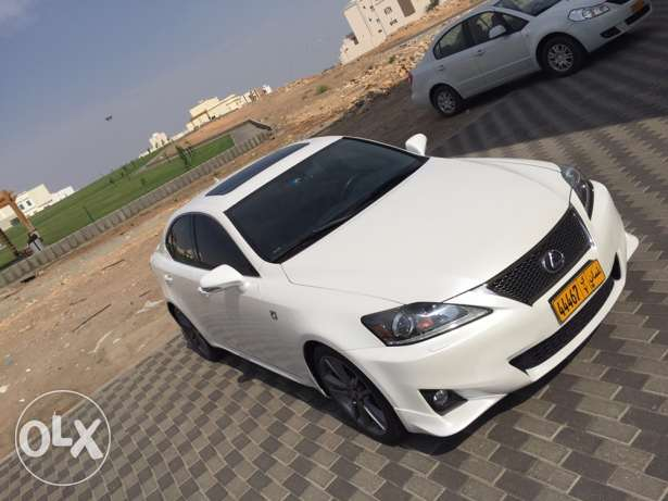 lexus IS350 F sport - 2013 in perfect condition