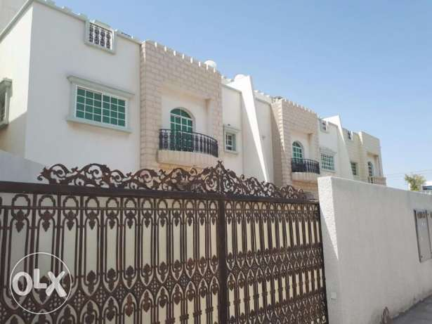 Al Khoud 5BHK Villa FOR RENT near Rasul Azam Mosque pp65