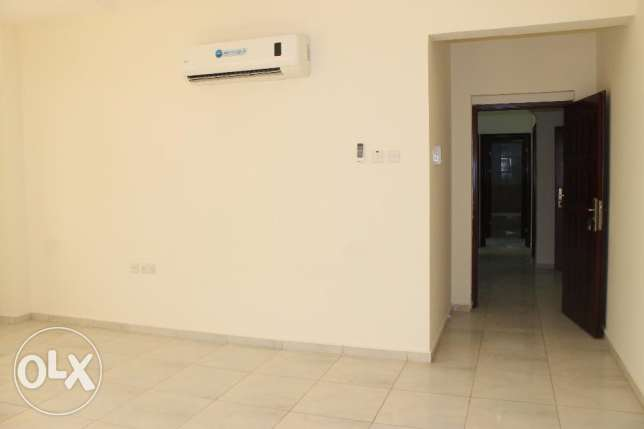 Convenient new Flats located in Bowsher (opposite the Dolphin village) مسقط -  5
