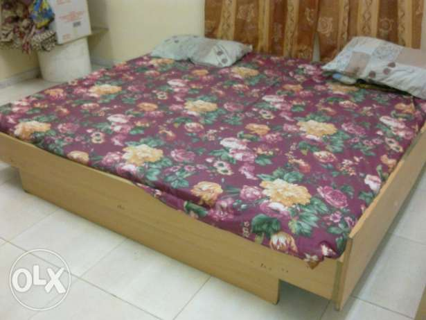 Medical Mattress king size - Hygienic condition for urgent sale