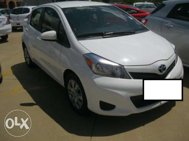 Imported 2013/2012 Toyota Yaris (PRICE NEGOTIABLE!) مسقط -  1