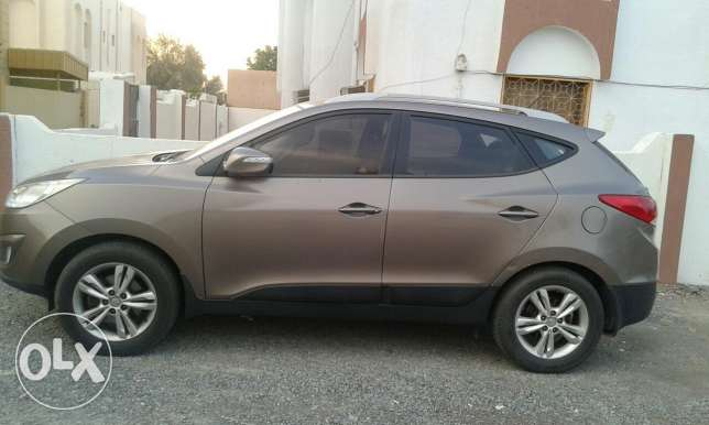 Tucson 2011-Only 98,000KM