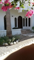 Furnished villa for rent in Al Hail North near beach airport and malls