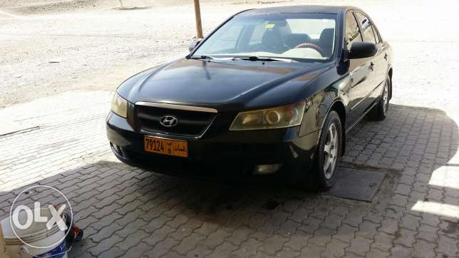 Hyundy sonata 2008 for sale for 950