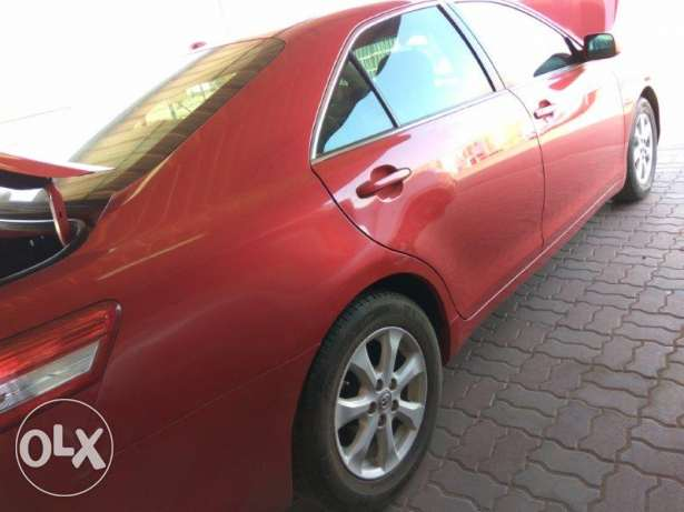 Expat Driven Toyota Camry in Mint Condition صحار -  3