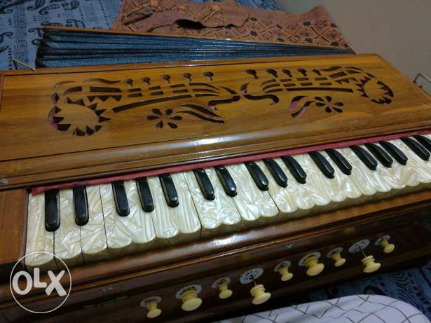 Harmonium double reed..working condition..urgent sale...