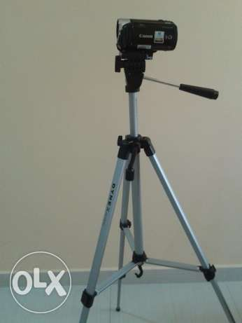 Tripod, very Lightweight & Foldable, Only 8 OMR